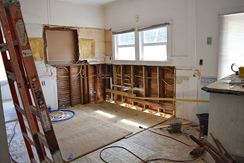 Tips for avoiding common home renovation disasters - Kitchen Renovations - Bathroom Design - Basement Remodel - All Canadian Renovations Ltd.