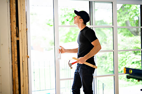 Why summer is the best time to do window and door replacement - Winnipeg Windows & Doors - Window Replacement Winnipeg - Winnipeg Door Replacement - All Canadian Renovations Ltd.