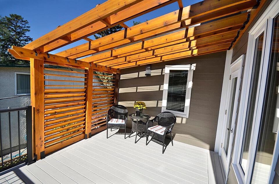 North Drive Exterior Renovation - Home Additions Winnipeg - Winnipeg Exterior Renovations - All Canadian Renovations Ltd.
