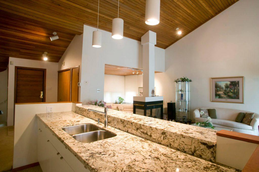 Elmhurst - Kitchen Renovations Winnipeg - All Canadian Renovations Ltd.