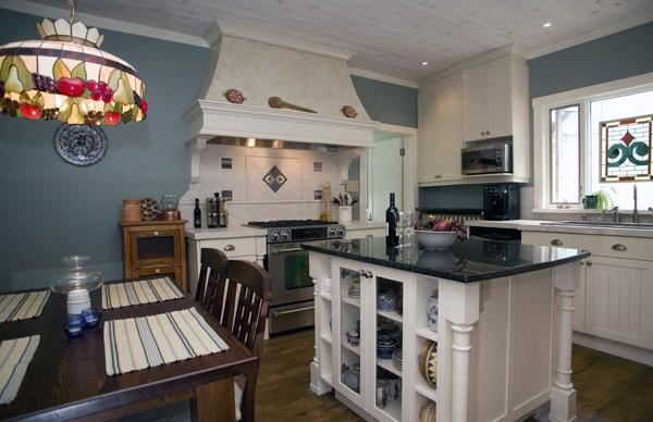 Winchester Kitchen Renovation - All Canadian Renovations Ltd. - Kitchen and Bathroom Renovations Winnipeg, Manitoba